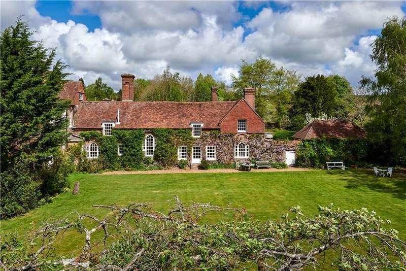 5 Bedrooms Semi Detached House for sale in Rogate, Petersfield, West Sussex, GU31
