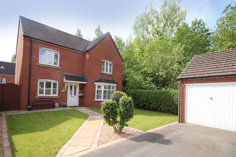 4 Bedrooms Detached House for sale in Chatsworth Fold, Wigan, Greater Manchester, WN3