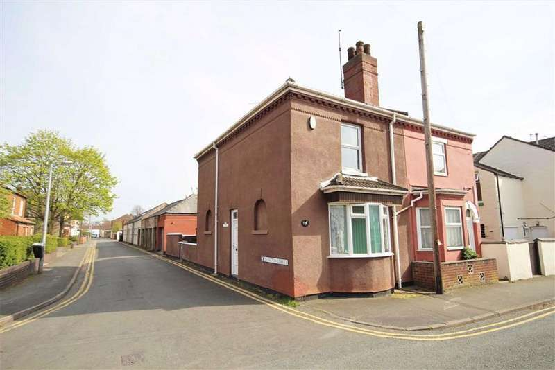 3 Bedrooms Semi Detached House for sale in Moor Street, Lincoln, Lincolnshire