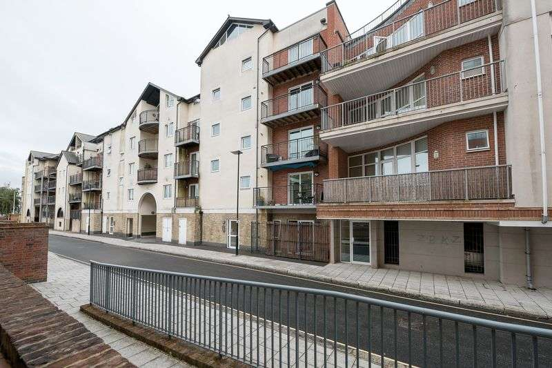 2 Bedrooms Property for sale in Admirals Wharf, Lower Canal Walk, Southampton