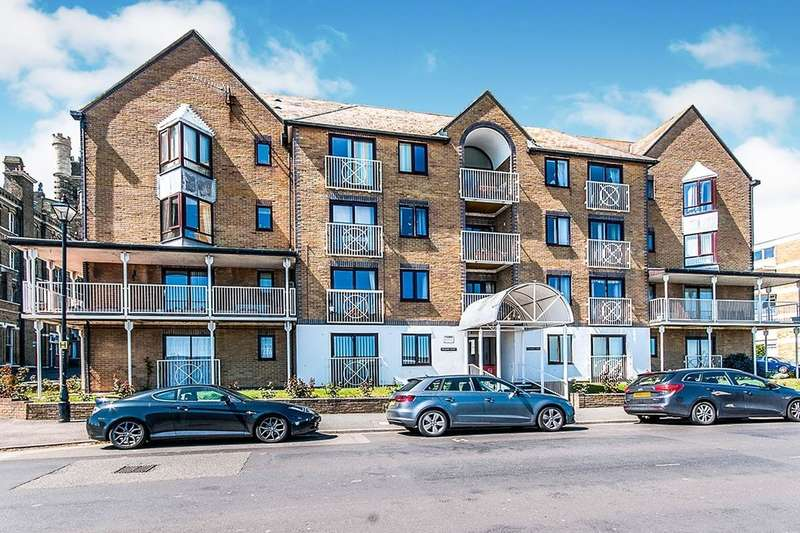 1 Bedroom Flat for sale in Poldark Court Victoria Parade, Ramsgate, CT11