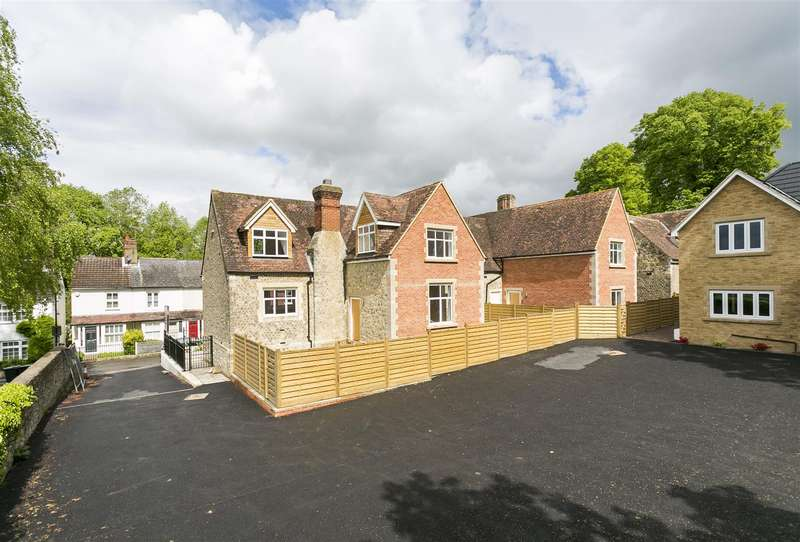 3 Bedrooms House for sale in The Old School House, Church Fields, West Malling