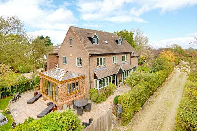 5 Bedrooms Detached House for sale in High Street North, Stewkley, Leighton Buzzard, Buckinghamshire
