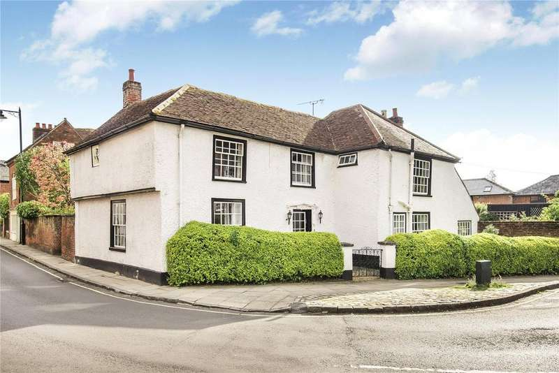 4 Bedrooms Detached House for sale in Rydal House, The Horsefair, Romsey, Hampshire, SO51