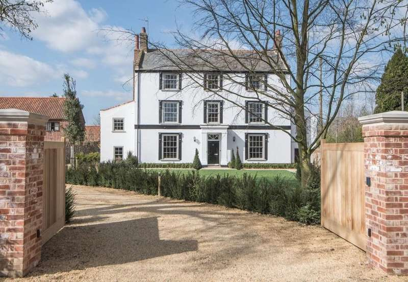 8 Bedrooms Detached House for sale in The Street, Syderstone