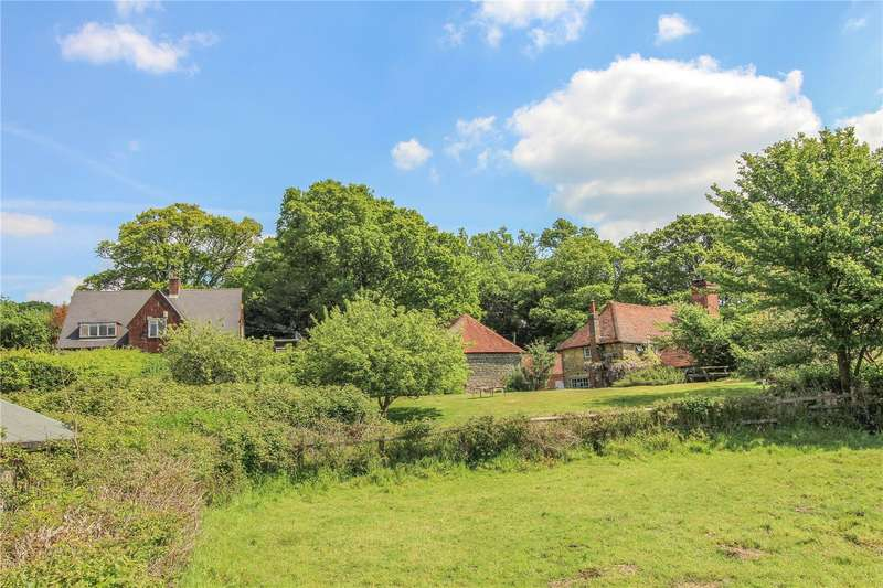 4 Bedrooms Detached House for sale in Near Petworth, West Sussex