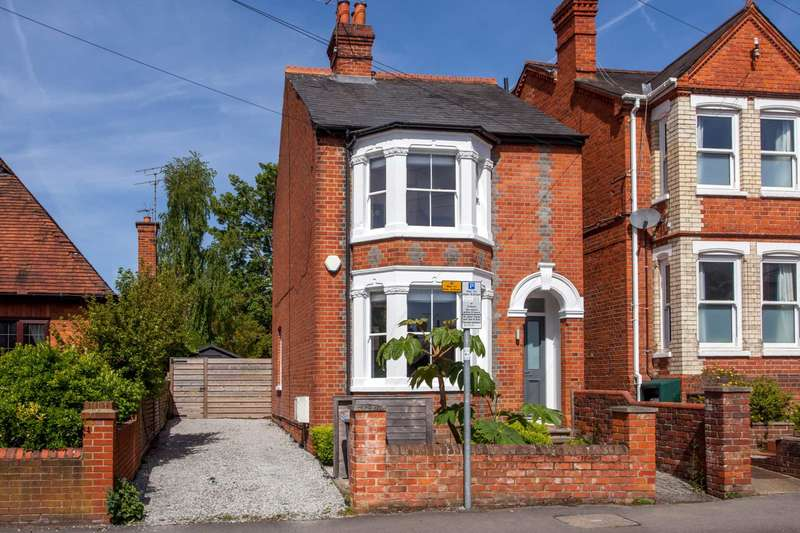 3 Bedrooms Detached House for sale in Priory Avenue, Caversham, Reading