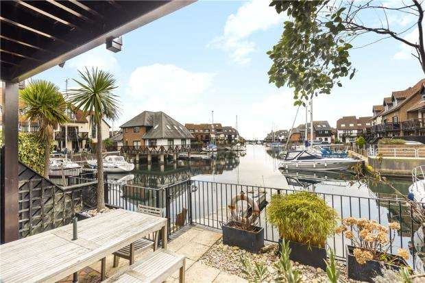 4 Bedrooms Terraced House for sale in Endeavour Way, Hythe Marina Village, Hythe