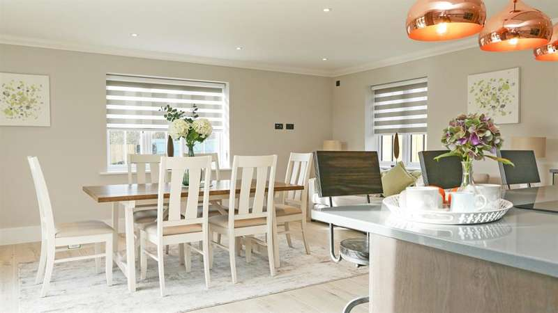 5 Bedrooms Detached House for sale in The Langton - Plot 8 -*OPEN WEEKEND SATURDAYS 10am-4pm*