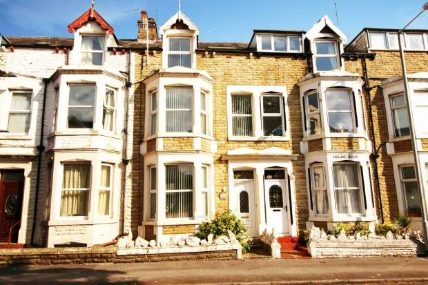 5 Bedrooms Terraced House for sale in Clarendon Road West, Morecambe, Lancashire, LA3 1SD