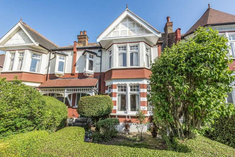 4 Bedrooms Semi Detached House for sale in Conway Road, Southgate