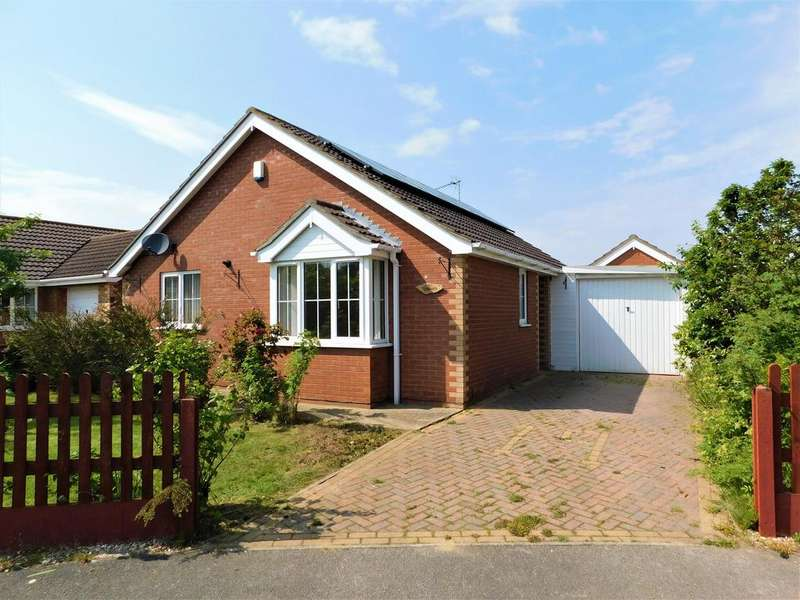 2 Bedrooms Bungalow for sale in Meakers Way, Huttoft, Alford, LN13 9TR