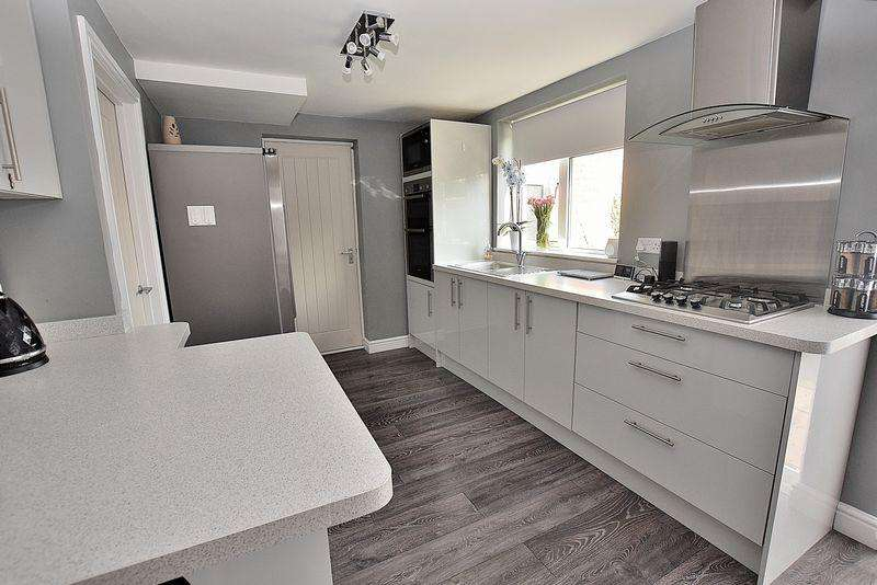 3 Bedrooms Semi Detached House for sale in PLANNING PERMISSION GRANTED! Brilliant corner plot to build your forever home!