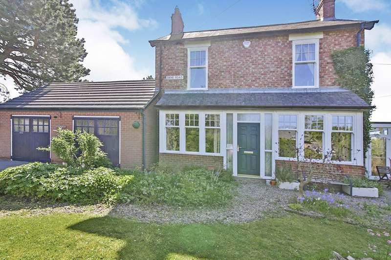 3 Bedrooms Detached House for sale in Dene Road, Rowlands Gill, NE39