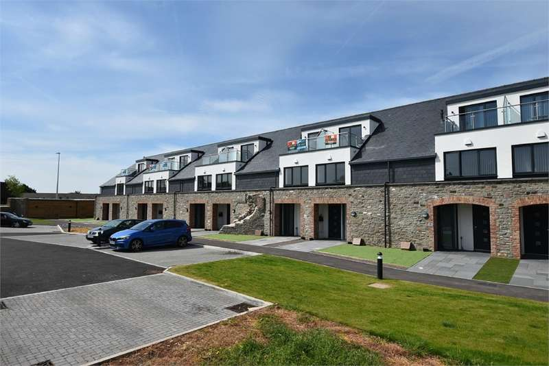 3 Bedrooms Town House for sale in Glassworks Mews, 41 High Street, Nailsea, Bristol, North Somerset