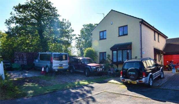 4 Bedrooms Link Detached House for sale in Little Week Road, Dawlish, Devon