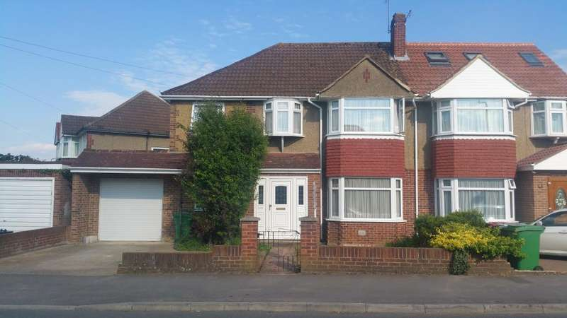 5 Bedrooms House for sale in Hillary Road, Langley, Berkshire, SL3