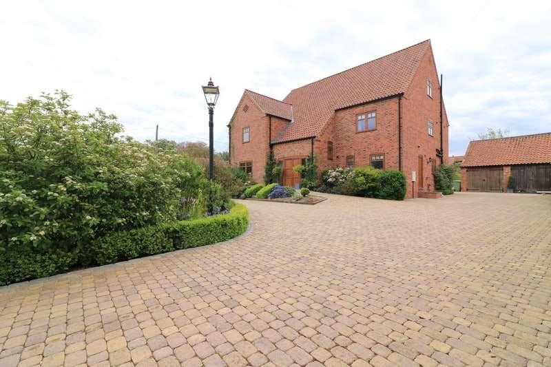 5 Bedrooms Detached House for sale in Springs Lane, Sturton Le Steeple, Retford, Nottinghamshire, DN22