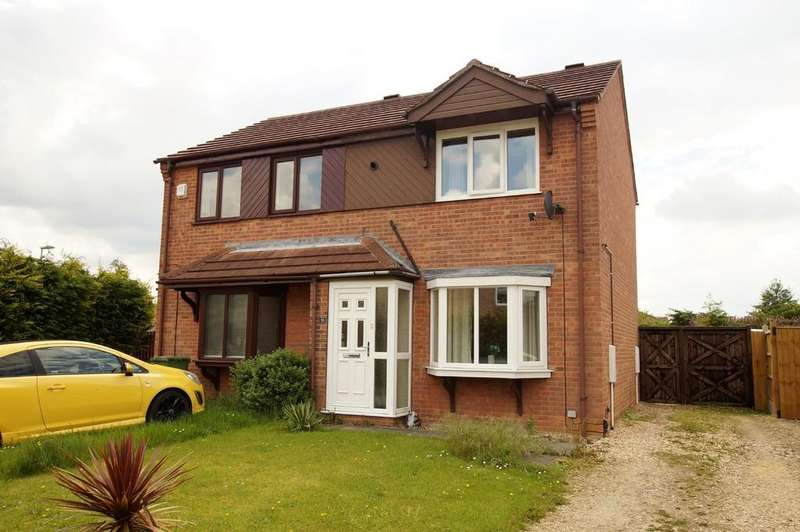 2 Bedrooms Semi Detached House for sale in Chedworth Road, Lincoln
