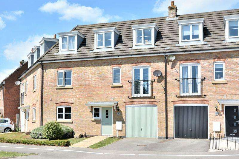 4 Bedrooms Terraced House for sale in Blackfriars Road, Carlton Boulevard, Lincoln