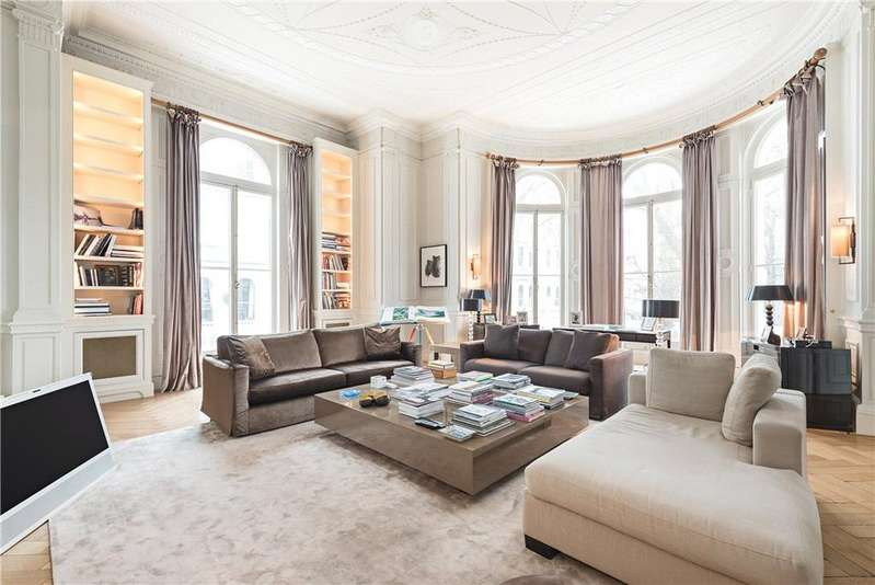 3 Bedrooms Flat for sale in Cornwall House, Cornwall Gardens, South Kensington, SW7