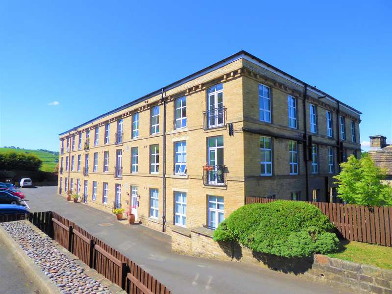 2 Bedrooms Penthouse Flat for sale in Lower Willow Hall Mill, Gratrix Lane, Sowerby Bridge, HX6 2PX