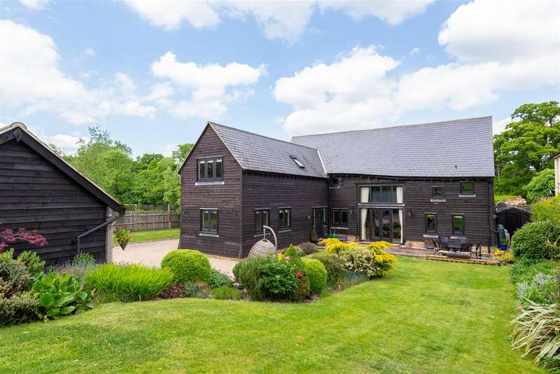 5 Bedrooms Detached House for sale in Axes Lane, Redhill
