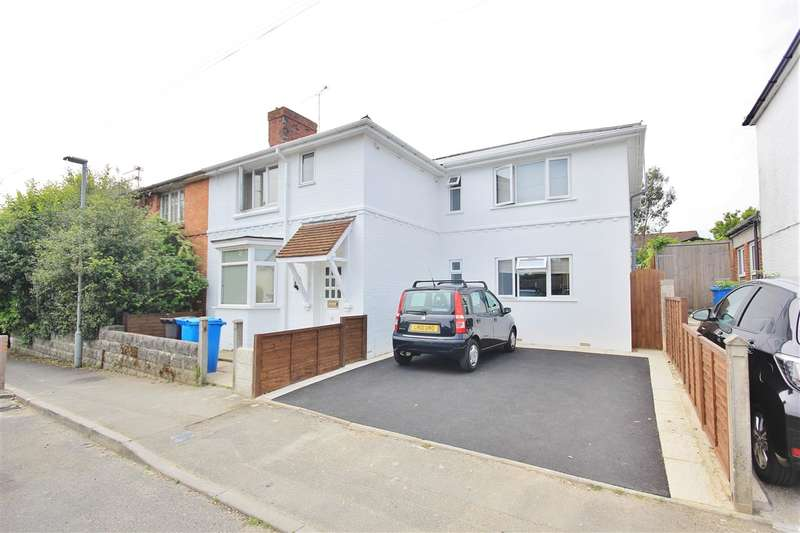 6 Bedrooms Semi Detached House for sale in Recreation Road, Poole