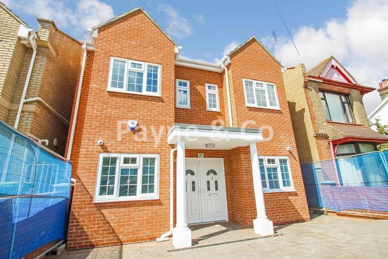 6 Bedrooms Detached House for sale in Quebec Road, ILFORD, IG1