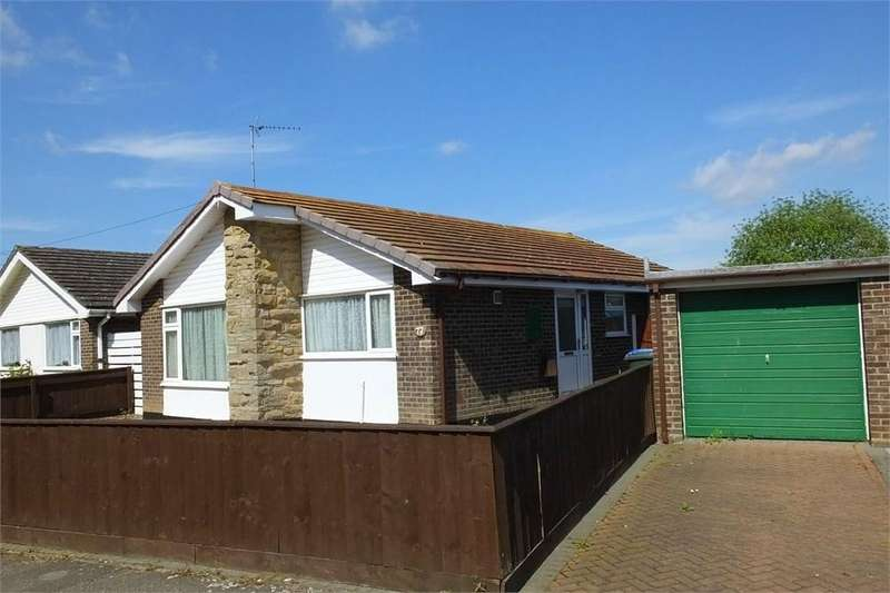 2 Bedrooms Detached Bungalow for sale in Robin Hoods Walk, Boston, Lincolnshire