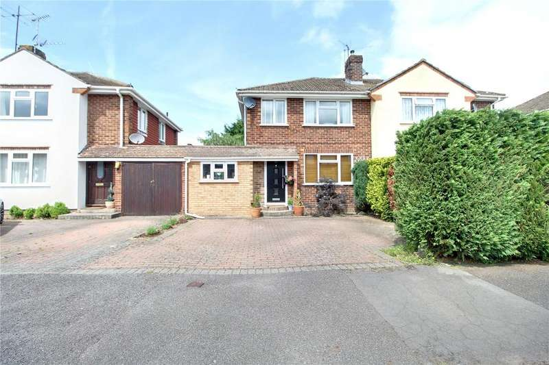 3 Bedrooms Semi Detached House for sale in Malone Road, Woodley, Reading, Berkshire, RG5