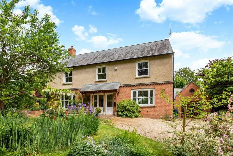 4 Bedrooms Detached House for sale in Lower Washwell Lane, Painswick, Stroud