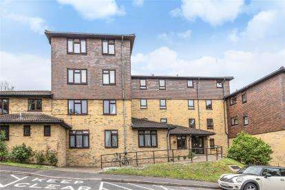 1 Bedroom Retirement Property for sale in Green Bank Lodge, Forest Close, Chislehurst