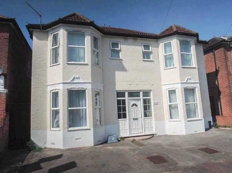 12 Bedrooms Detached House for rent in Morris Road, Southampton