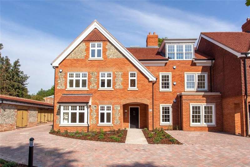 2 Bedrooms Flat for sale in Aston House, High Street, Wargrave, RG10
