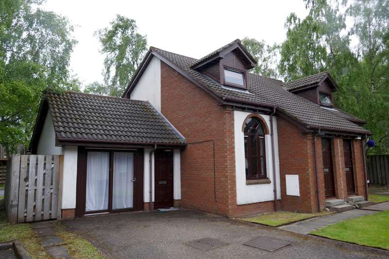 2 Bedrooms Semi Detached House for sale in Dalnabay, Aviemore, PH22 1RF
