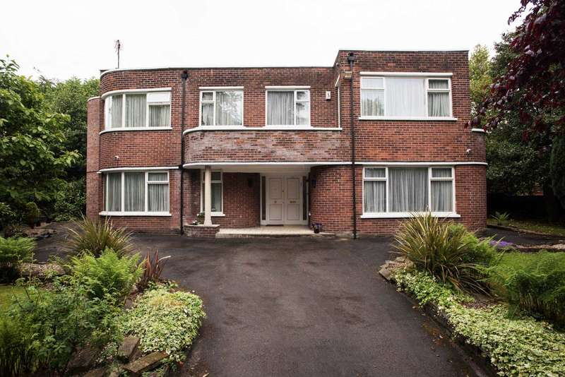 5 Bedrooms Detached House for sale in Singleton Road, Salford