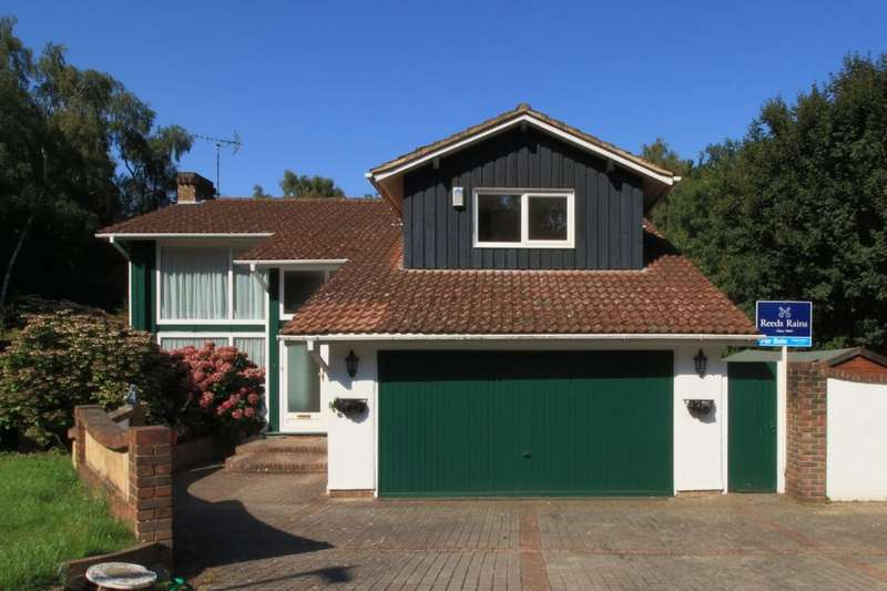5 Bedrooms Detached House for sale in Podkin Wood, Walderslade Woods, Chatham, ME5