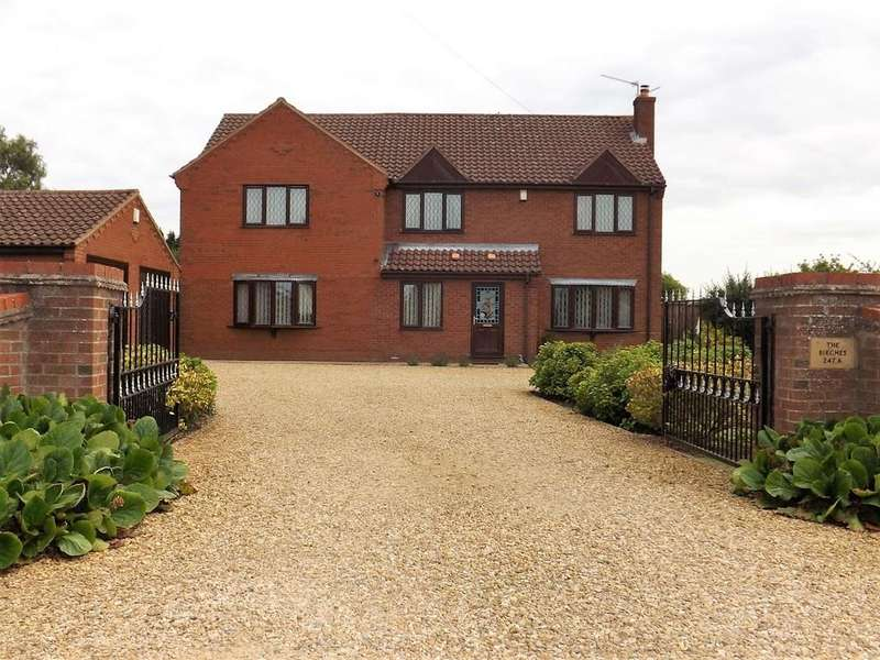 4 Bedrooms Detached House for sale in Outwell Road, Outwell, Wisbech