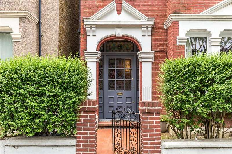5 Bedrooms Semi Detached House for sale in Streathbourne Road, Wandsworth, London, SW17