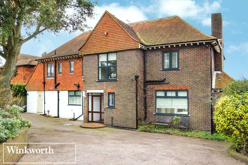 5 Bedrooms Detached House for sale in Roedean Crescent, Roedean, Brighton, East Sussex, BN2