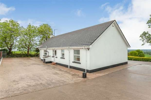 3 Bedrooms Detached Bungalow for sale in Garvaghy Road, Banbridge, County Down