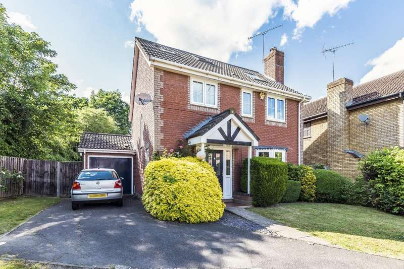 4 Bedrooms Detached House for sale in Woodward Close, Winnersh, RG41