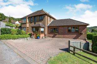 3 Bedrooms Detached House for sale in Chisnall Road, River, Dover, Kent