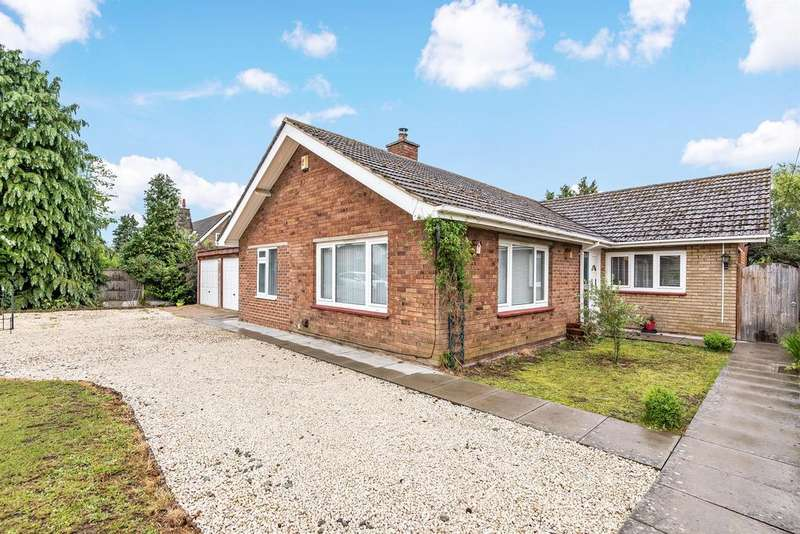 4 Bedrooms Detached Bungalow for sale in Prospect St, Horncastle, Lincs, LN9 5AX