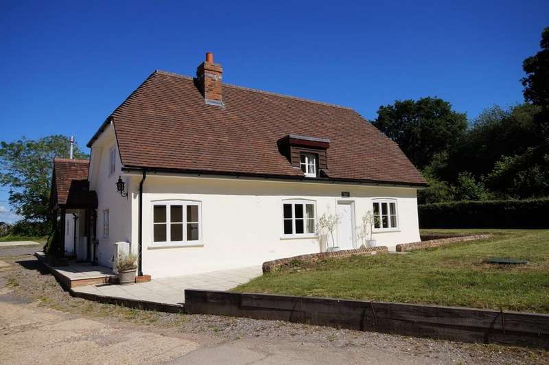 3 Bedrooms Detached House for sale in Denmead, Hampshire