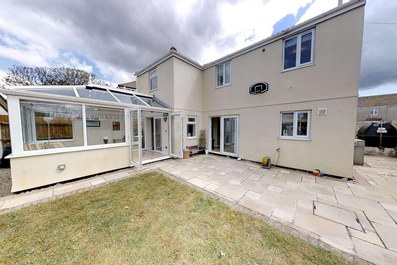 4 Bedrooms Detached House for sale in Four Lanes, Redruth TR16