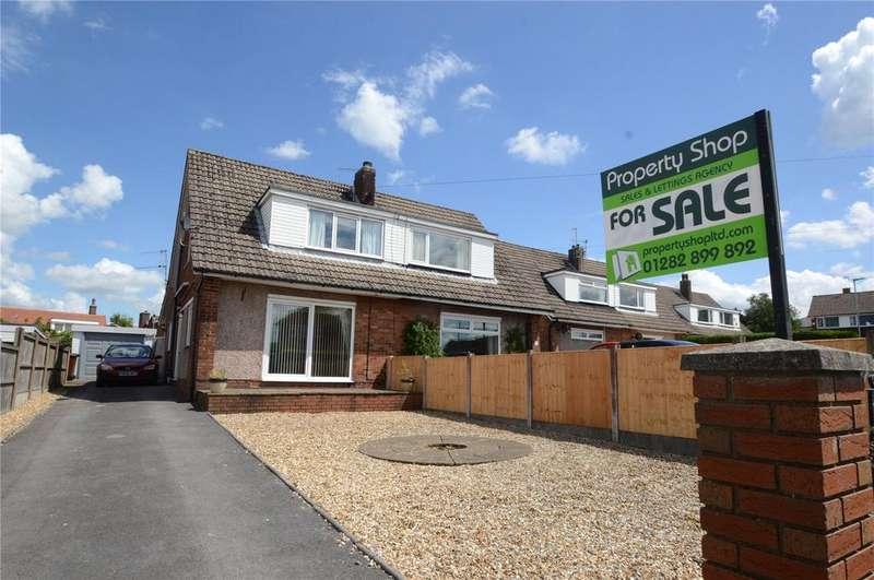 3 Bedrooms Semi Detached House for sale in Deerpark Road, Burnley, Lancashire, BB10