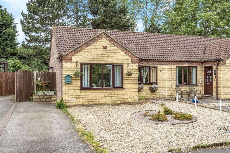 2 Bedrooms Semi Detached Bungalow for sale in Pullman Close, Metheringham, LN4