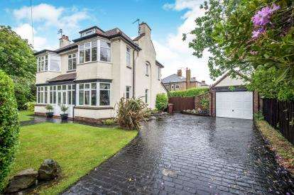 4 Bedrooms Detached House for sale in Park Avenue, Crosby, Liverpool, Merseyside, L23